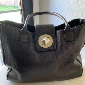 Authentic Kate Spade shoulder bag.